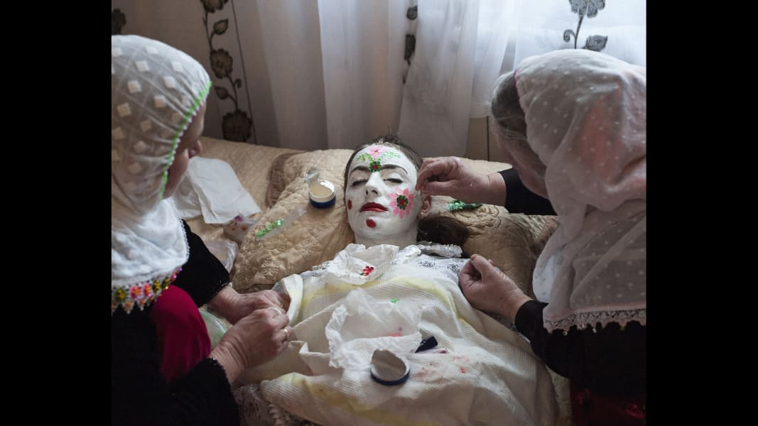 13 cnnphotos bulgarian muslim wedding RESTRICTED
