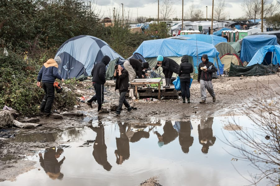 calais refugee jungle november rain
