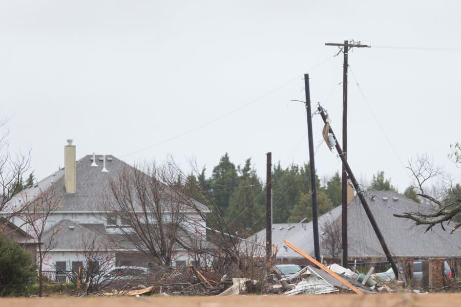 01 tornado texas 1227