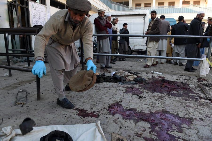 pakistan suicide bomb 2