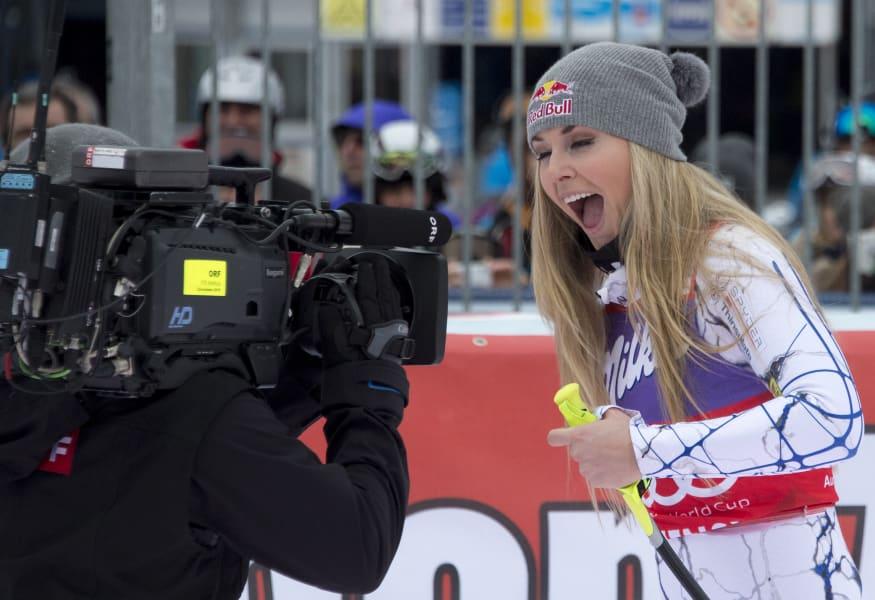 Lindsey Vonn Zauchensee celebrates