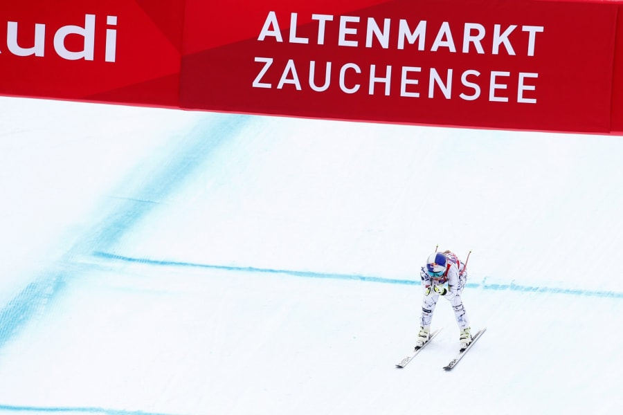 Lindsey Vonn Zauchensee finish line