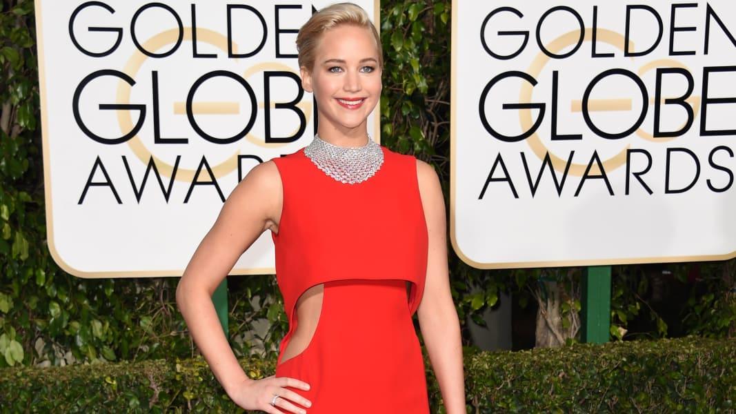 golden globes red carpet 2016 - Jennifer Lawrence