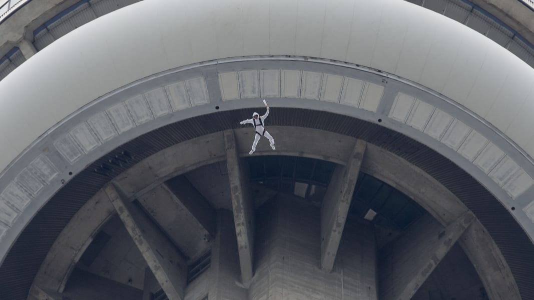 01 base jumping landmarks RESTRICTED