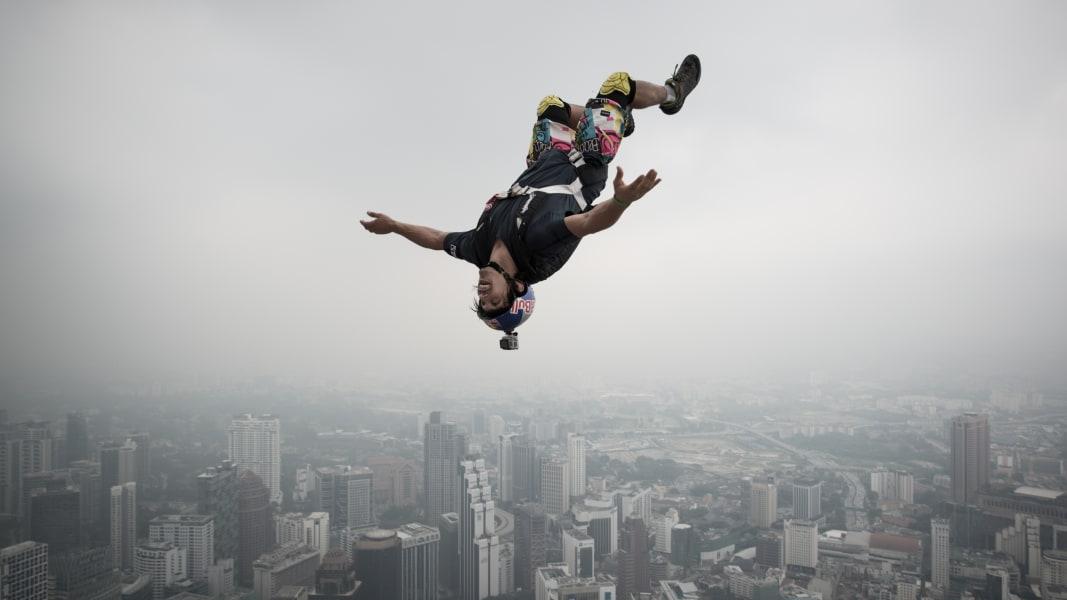 03 base jumping landmarks