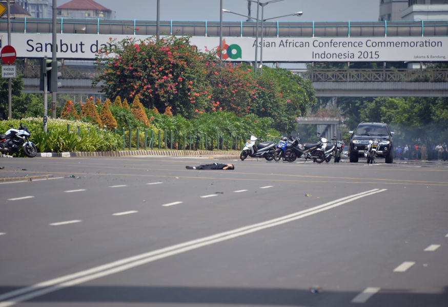 indonesia jakarta blast body 0114