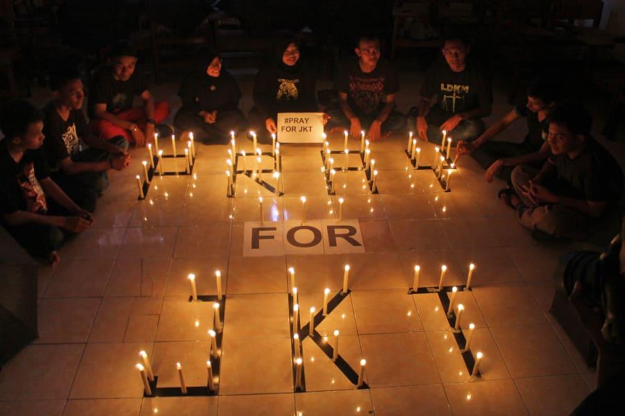 indonesia jakarta blast 0114 solidarity candles