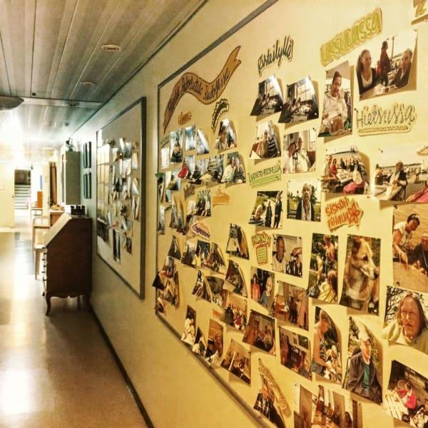 Oman Muotoinen Koti seniors wall