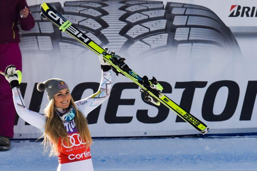 Vonn skis cortina