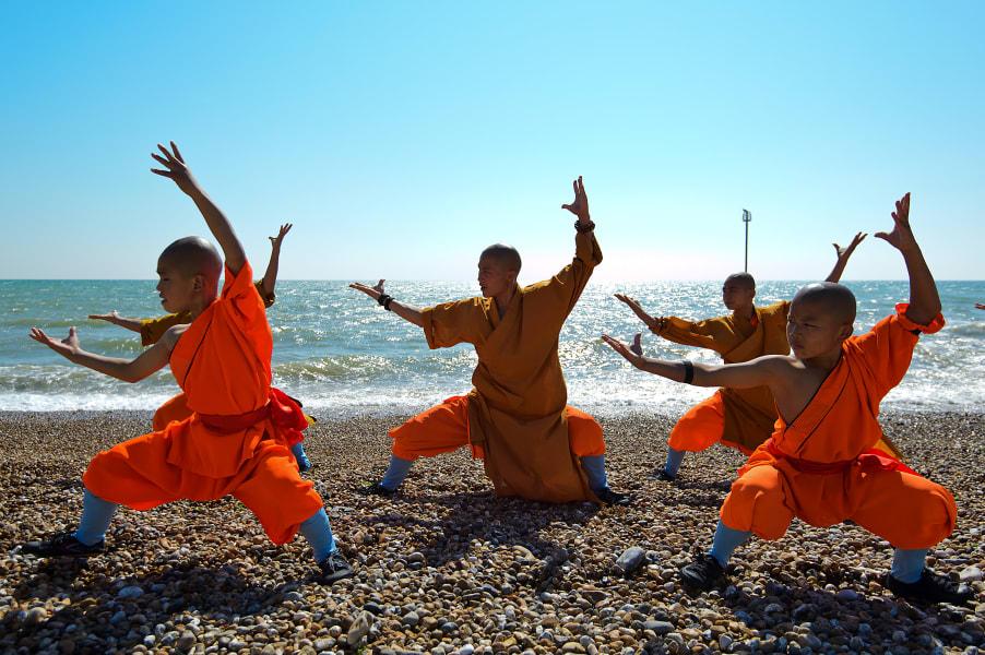 shaolin monks beach england