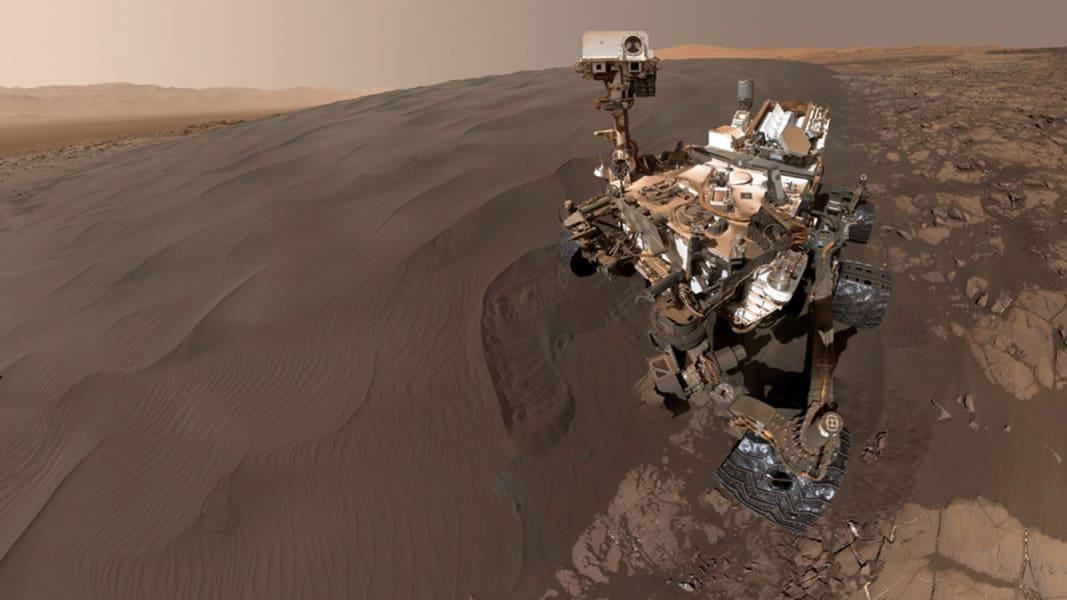 Curiosity Mars selfie 0129