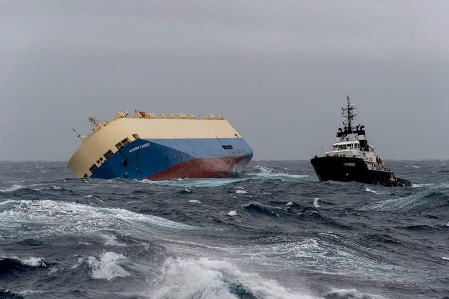 01 france cargo ship