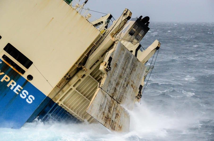 02 france cargo ship