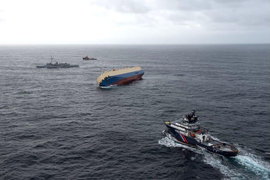 07 france cargo ship
