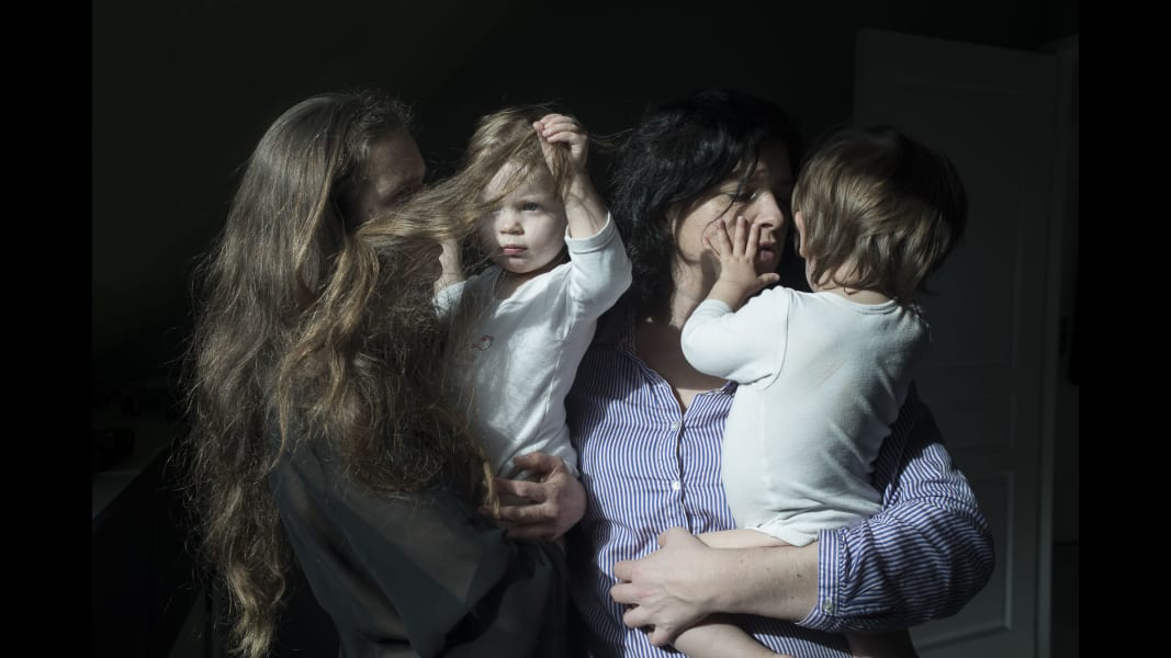 01_cnnphotos_families_RESTRICTED