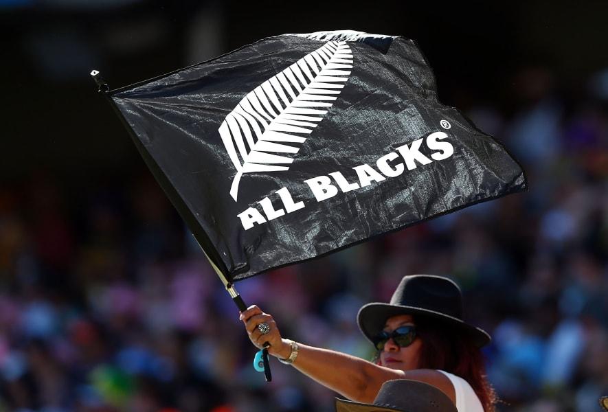 Sydney sevens fans all blacks