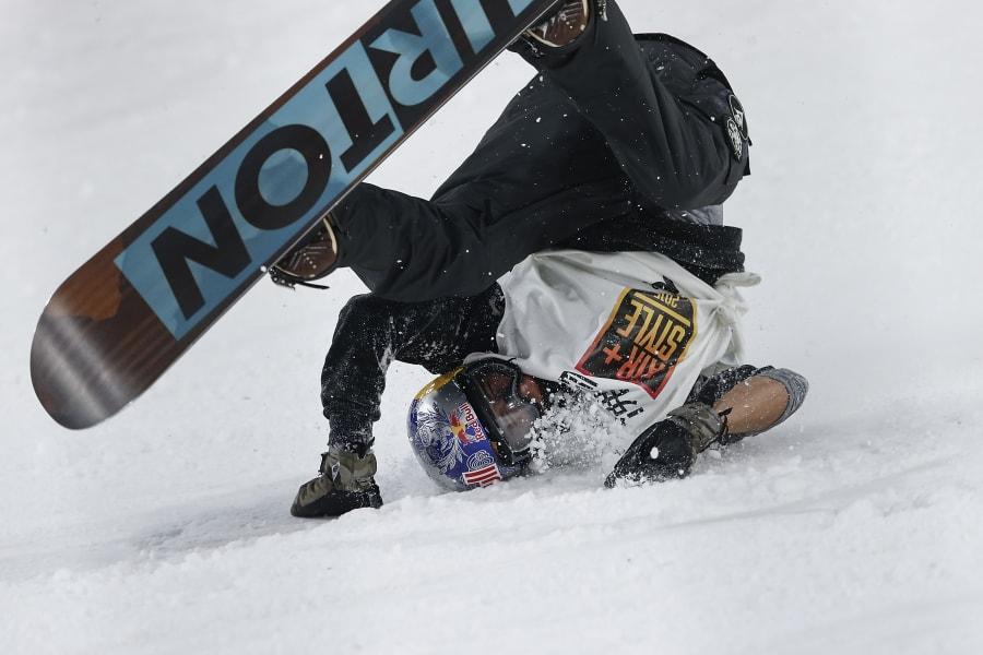 Mark McMorris snowboarding crash