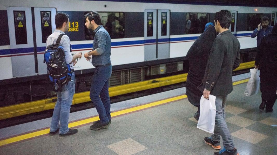 03.tehran-subway.0227.20160227-DSC05154