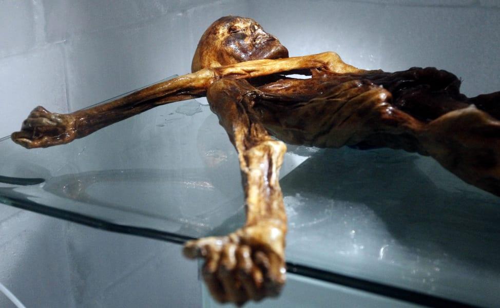 otzi iceman mummy 2