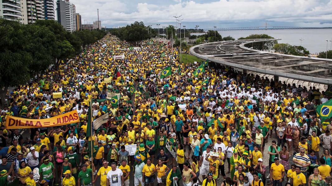 23 brazilian protest 0313