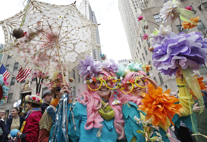 02.5th ave easter parade