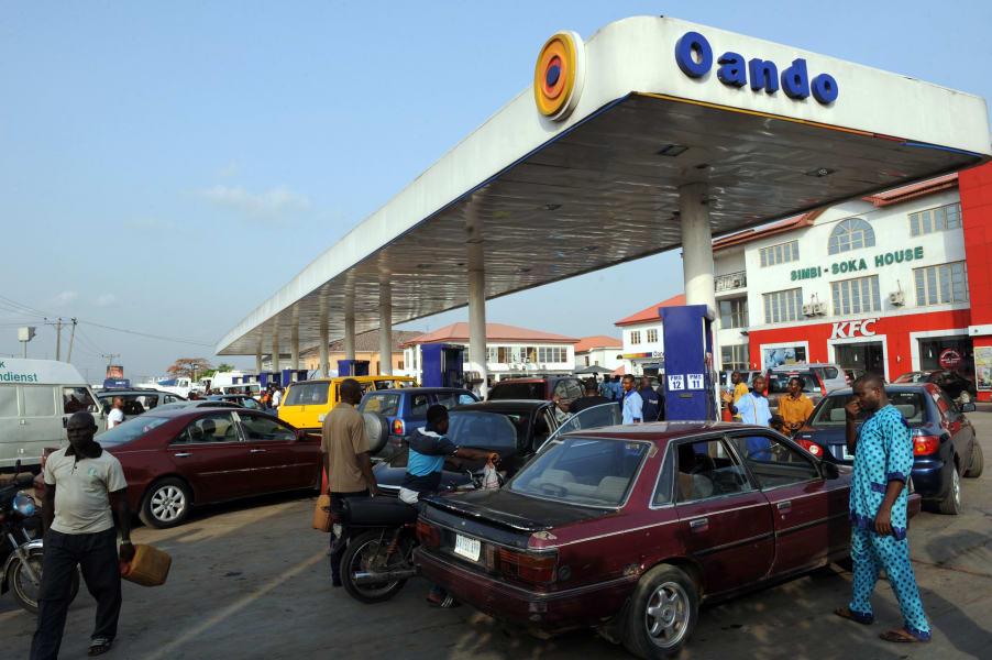 Petrol station queue Nigeria