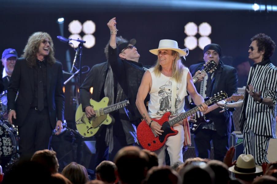 01.rocknroll hall of fame