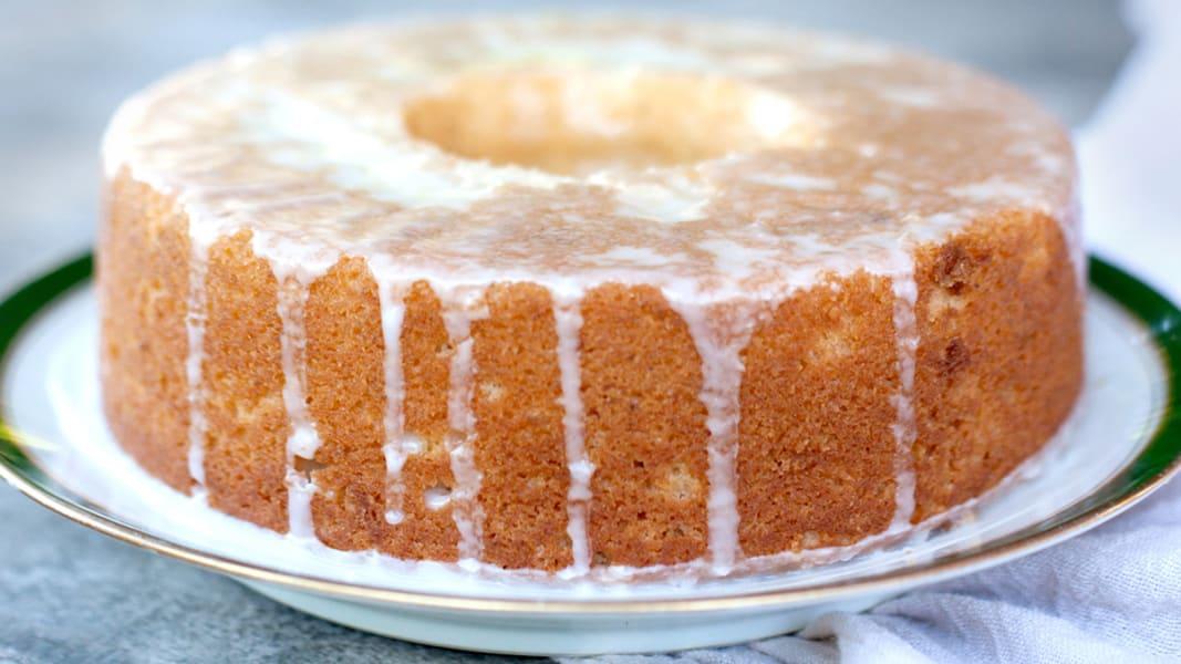 02 Endless Table_Pound cake copy