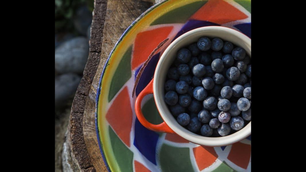 06 Endless Table_Blueberry jam