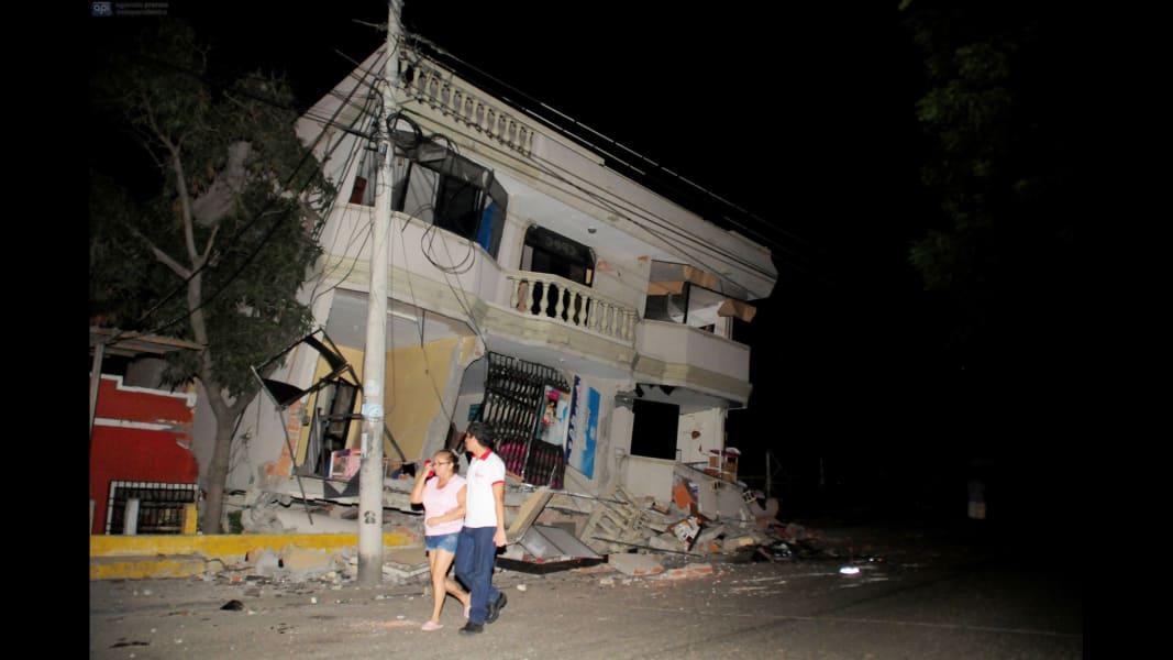 05 ecuador earthquake 0416