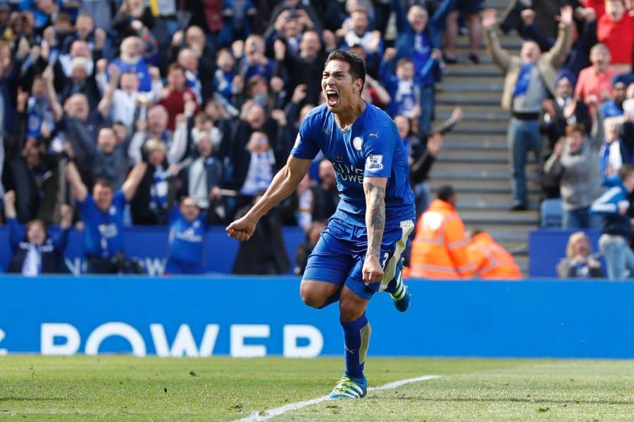 Leicester City's Argentinian striker Leonardo Ulloa 2
