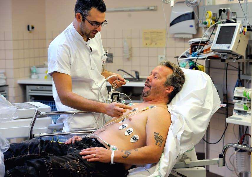 ECG heart monitor test