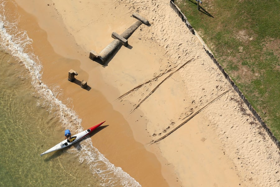sydney from the air pittwater kayaker