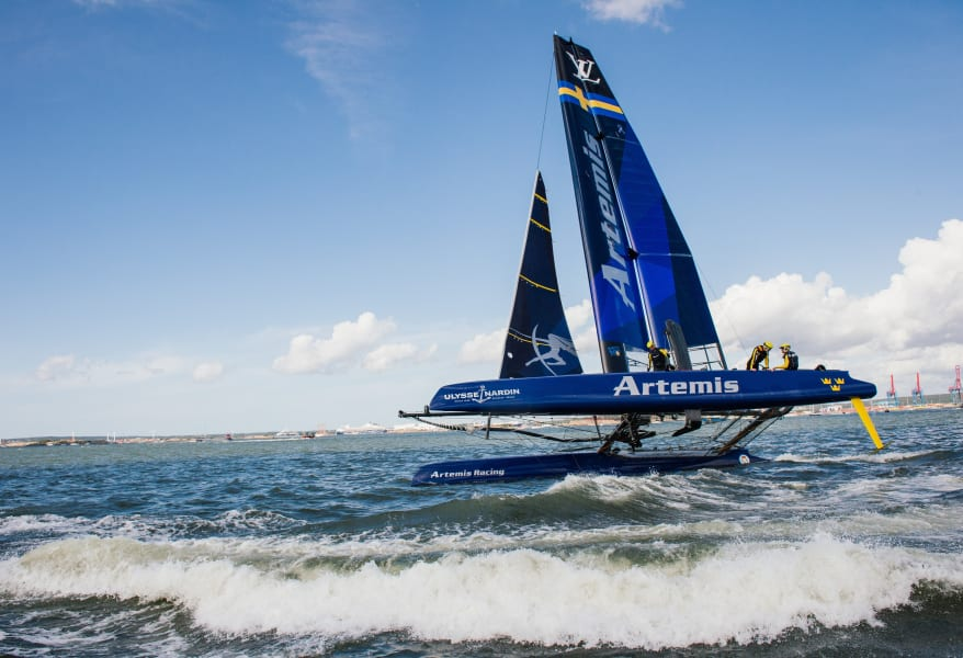 team artemis racing boat