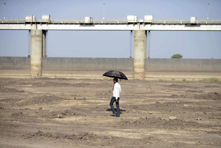 GettyImages-518647188India drought