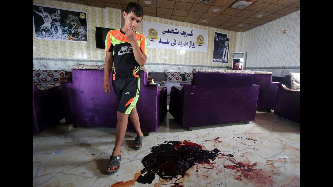 01 baghdad coffee shop attack 0514