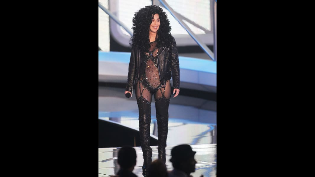 20 Cher Fashion RESTRICTED