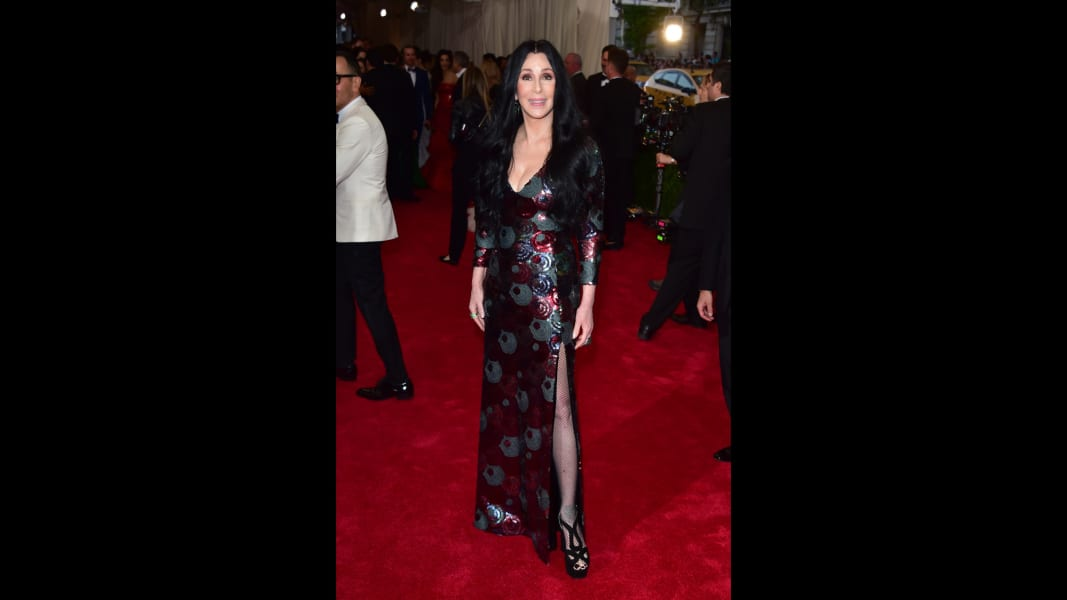 22 Cher Fashion RESTRICTED