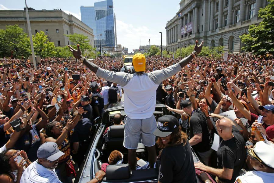 05 Cleveland Cavaliers parade 0622
