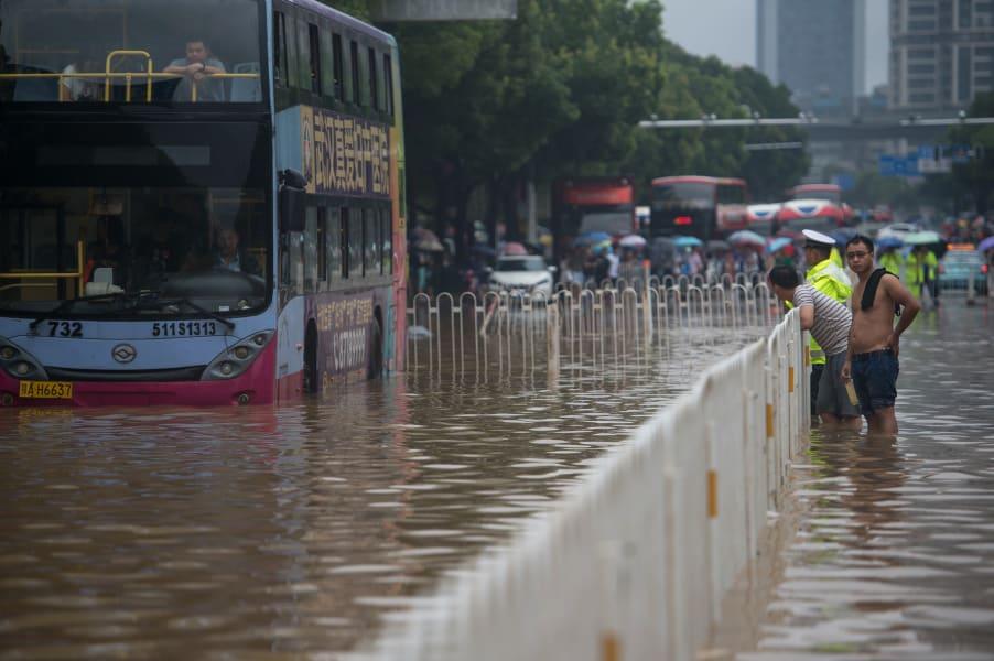 05 China flooding
