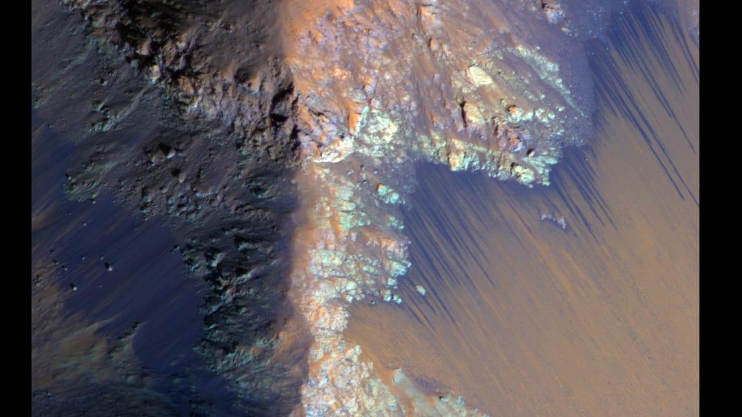 02 water on mars