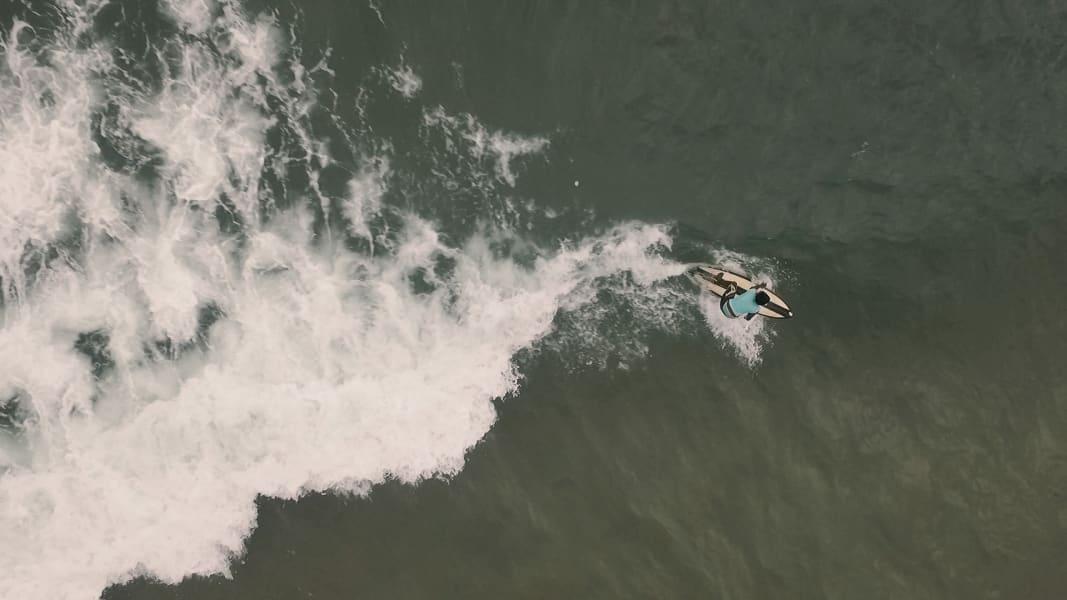 kk sierra leone surfer 7