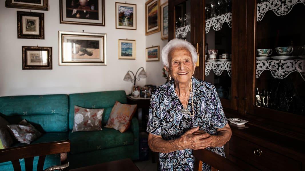 05 centenarians 0914