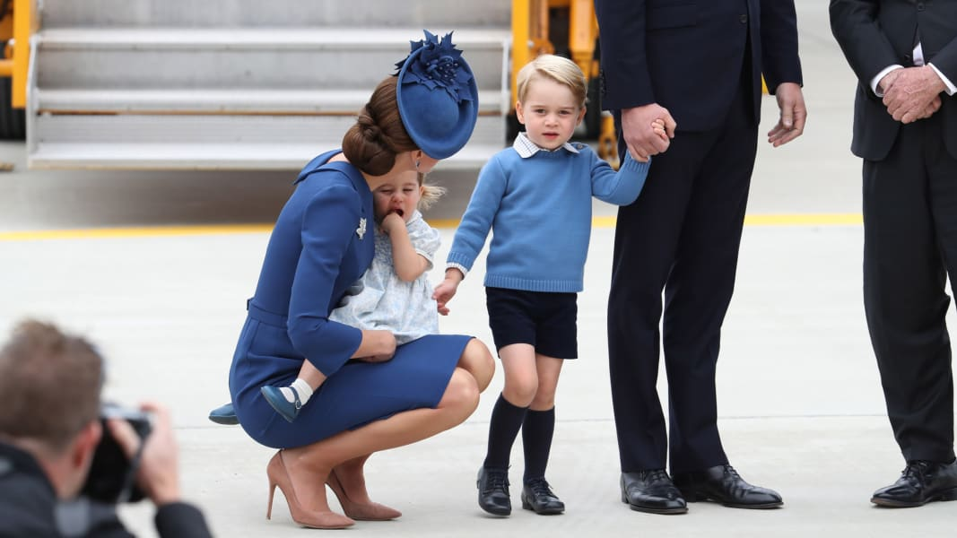 04 royals arrive in canada