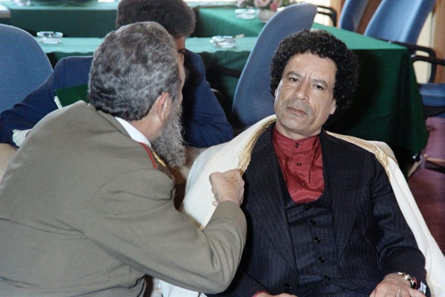 fidel castro with Gadhafi
