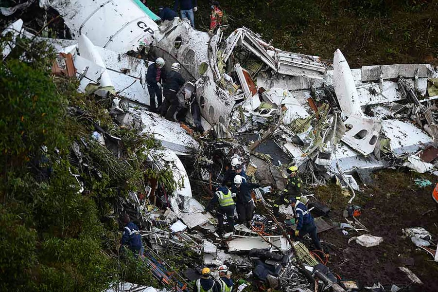 06 colombia plane crash site 1129