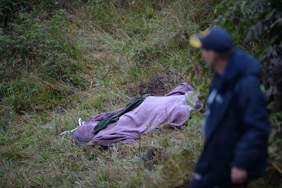 07 colombia plane crash site 1129