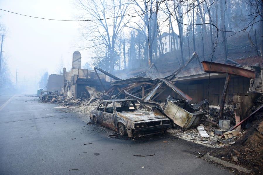 06 gatlinburg fire 1129