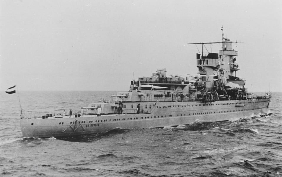 04 warships java