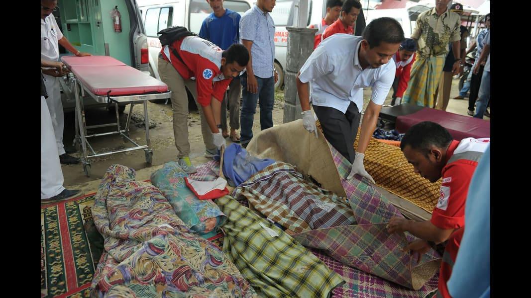 08 Indonesia earthquake 1207